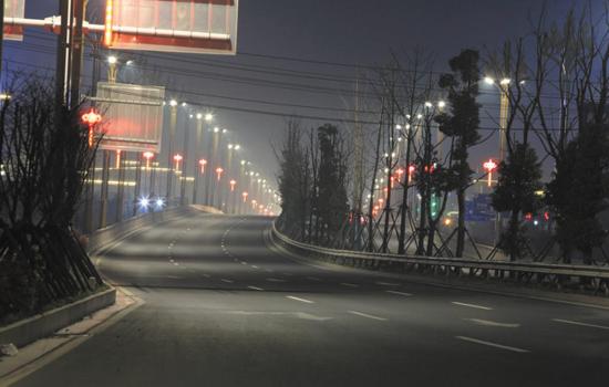 沅澧快线灌溪路段两边亮化及中国结项目工程